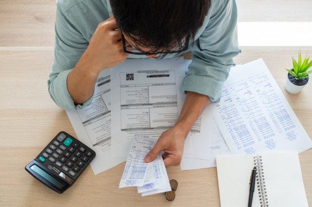 All start-up expenses should be deducted immediately