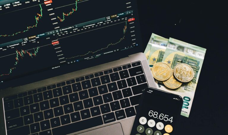 Smart Financial Wellness Habits to Improve Your Business Finances